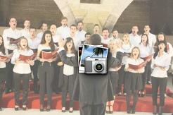Универзитетскиот хор го одржа првиот концерт